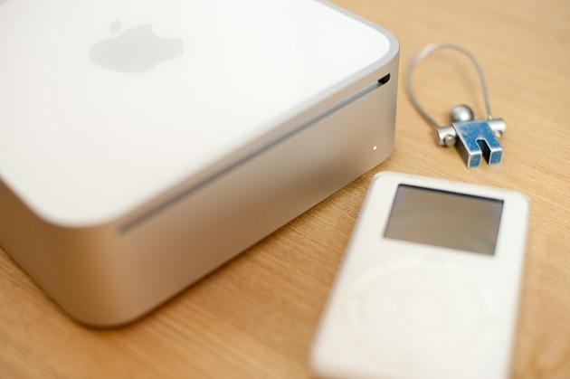 Mac mini with old 2G iPod