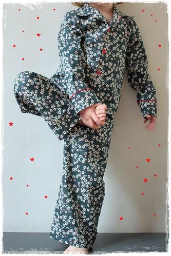 pyjama met bloemetjes