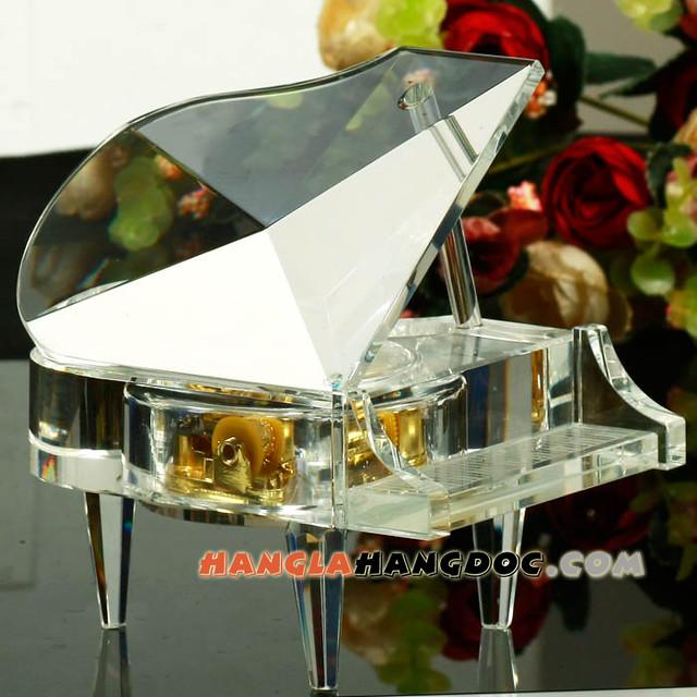 Hộp nhạc dương cầm pha lê – Crystal Piano Music Box