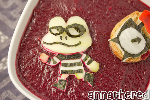 Non-bento #46: Beat Sneak Bandit beet soup