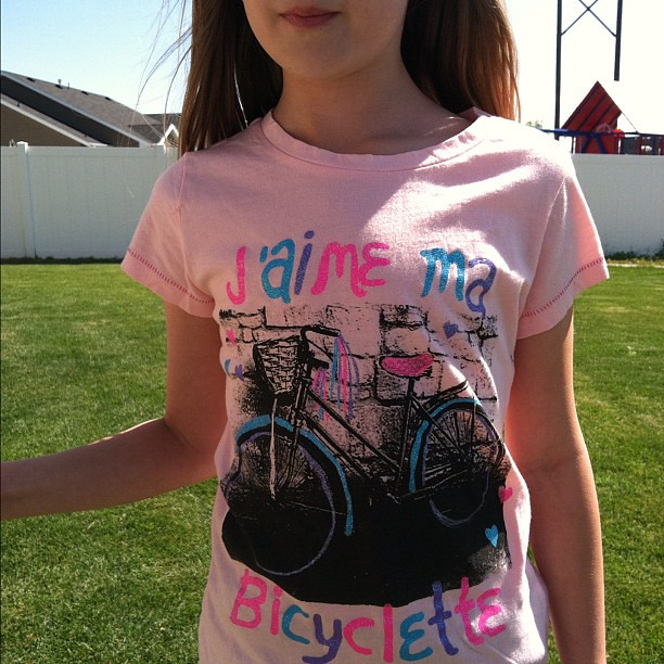 """J'aime ma bicyclette."" Starting them young."