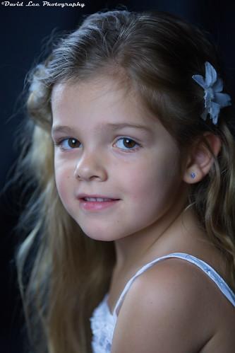 7292818644 900ddea6a1 6 Tips Dasar Memotret Foto Portrait  tips foto video