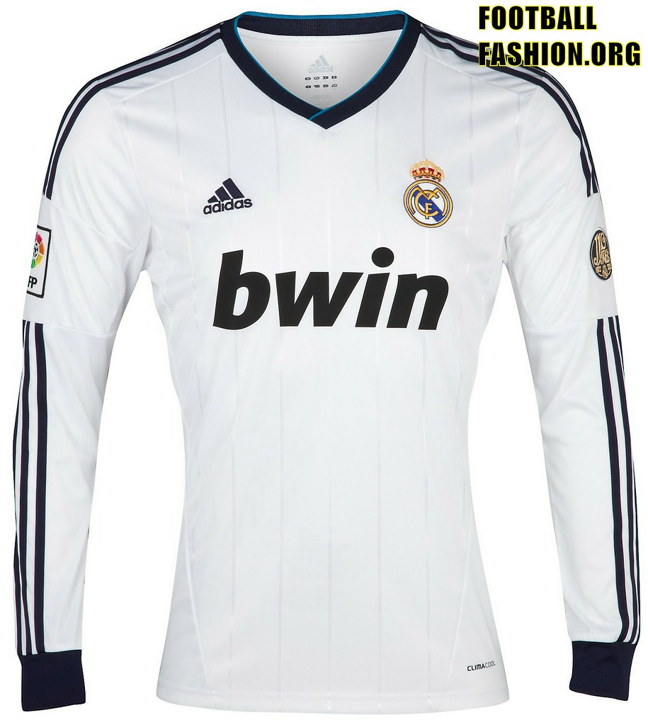 New Real Madrid shirt in LONG SLEEVE looks amazing!!   IMG  b0140b2e6