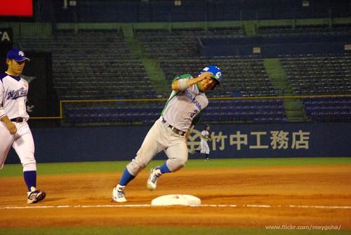 12-06-02_NTT東日本vsセガサミー_239