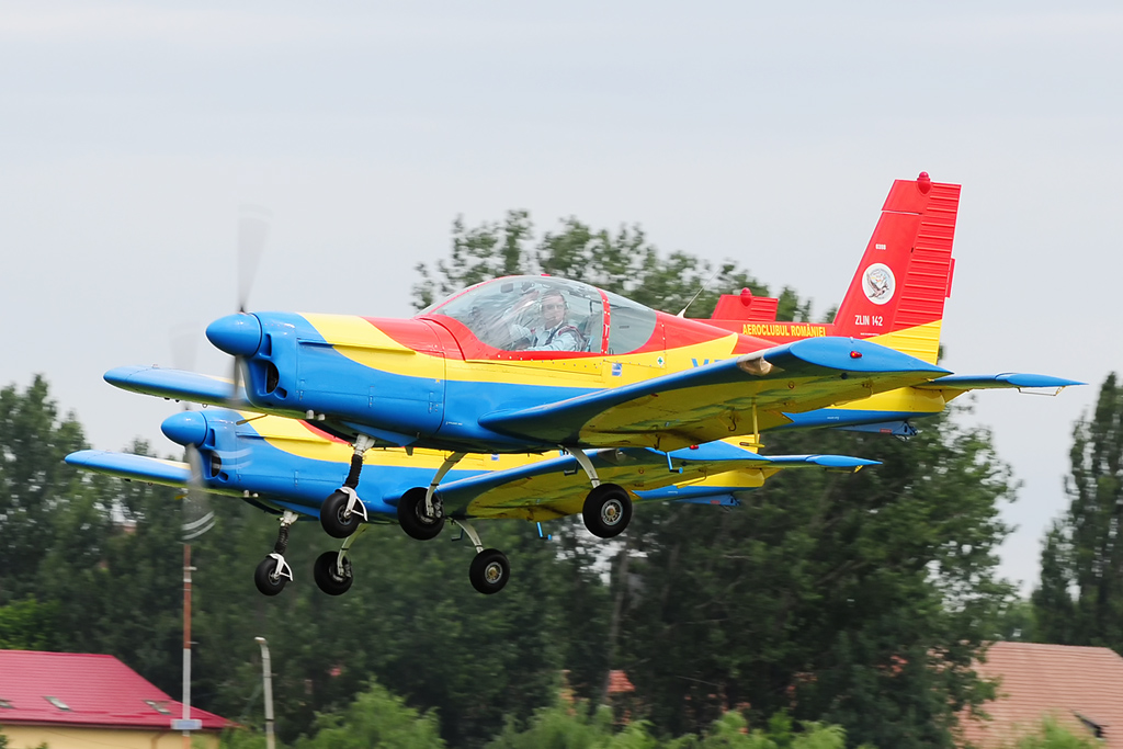 CLINCENI AIR SHOW 2012 - POZE 7335009690_a50741205b_o