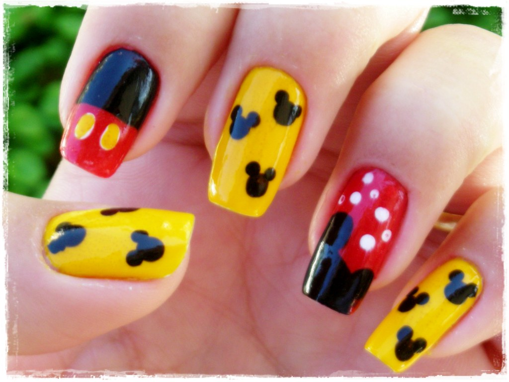 Nail Art Mickey Mouse Mhilka Flickr