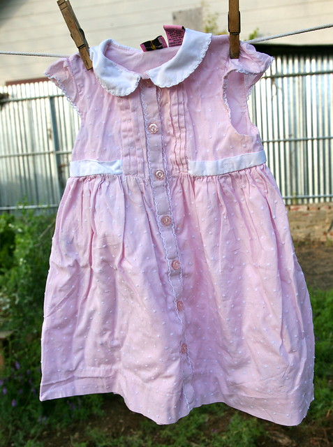Pretty little girl dress!