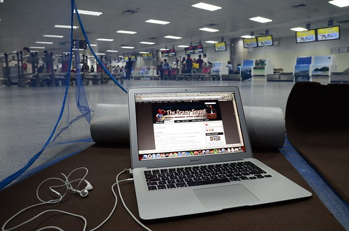 "Sleeping and ""working"" in Phuket Airport"