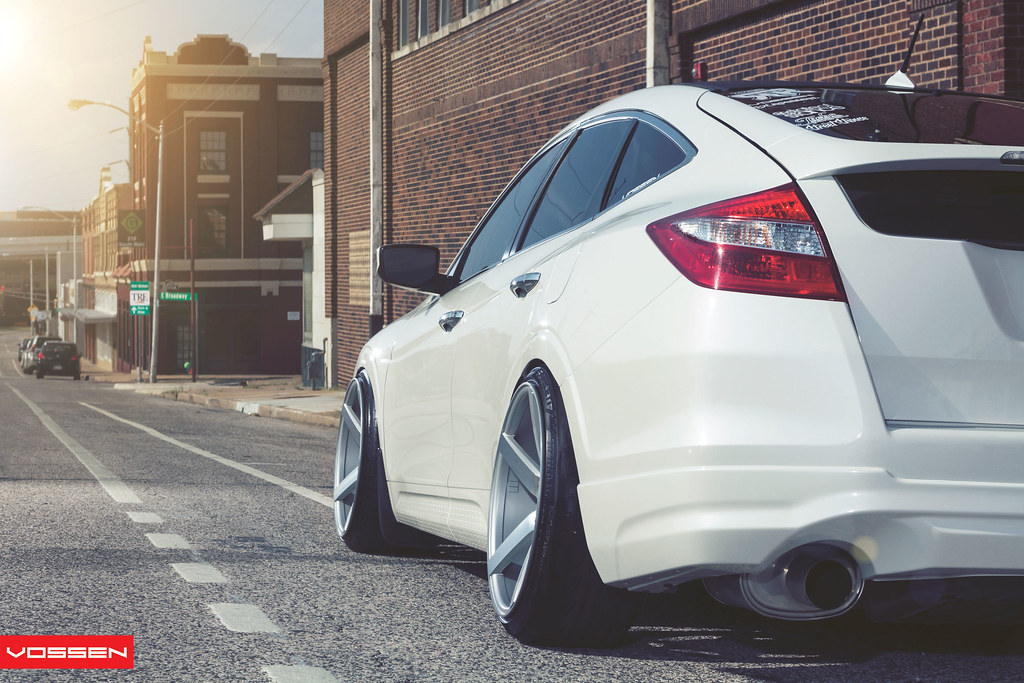 The Official Vossen Wheels Quot Non Mustang Quot Video Photoshoot