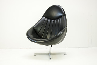 Rohé easy chair