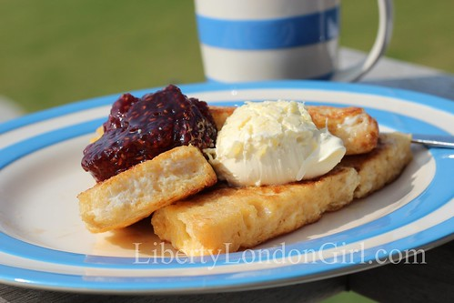 French toast & clotted cream