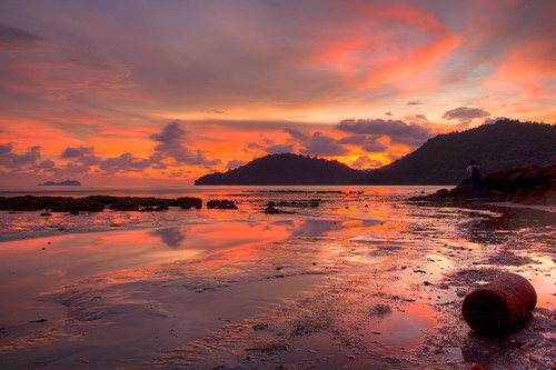 Sunset at Permatang Damar Laut by andruphotography