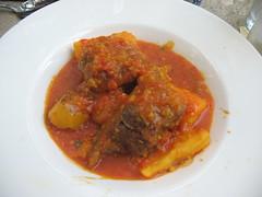 meat(0.0), produce(0.0), stew(1.0), curry(1.0), asam pedas(1.0), food(1.0), dish(1.0), cuisine(1.0), gulai(1.0),