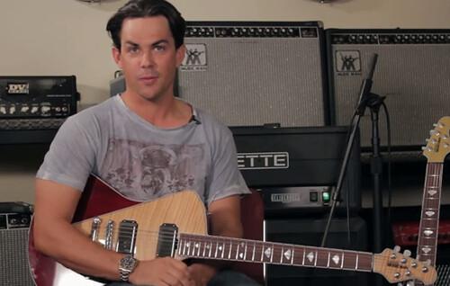 La nouvelle guitare de chez Music Man a juste l'air terrible