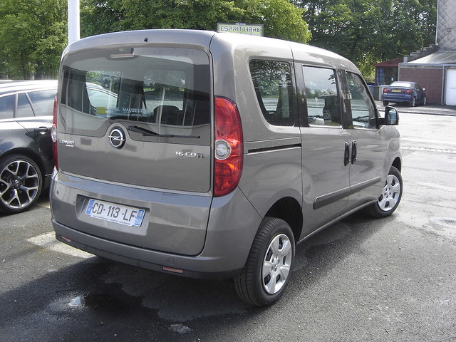 2012 opel combo tour flickr photo sharing. Black Bedroom Furniture Sets. Home Design Ideas