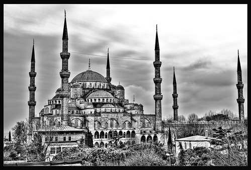 Monochrome Mosque