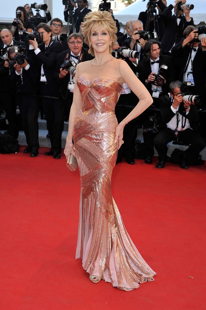 Jane Fonda in Atelier Versace.jpg