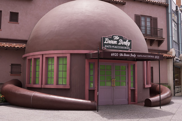 Brown Derby closed