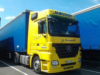 MB Actros 1844 MP2 LH bluetec4 + semi3ess.baché Mousset