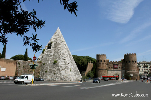 Pyramid of Cestius (Rome in A Day Tour)