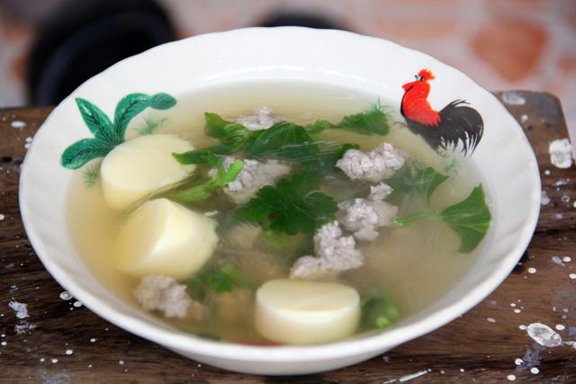 Gaeng Jued (Vegetable Soup) แกงจืด