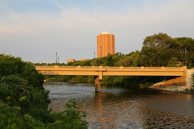 Humboldt Avenue Bridge