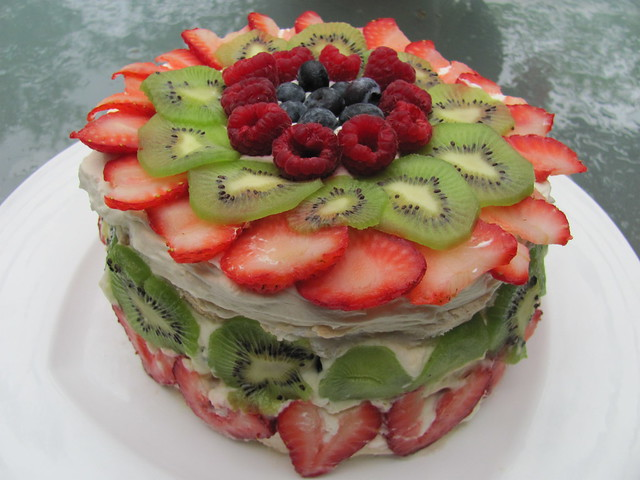 Strawberry, Raspberry Kiwi Blueberry Pavlova | Flickr - Photo Sharing!