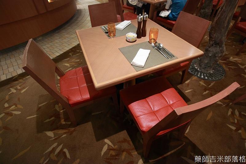 ShangriLa_Cafe_001