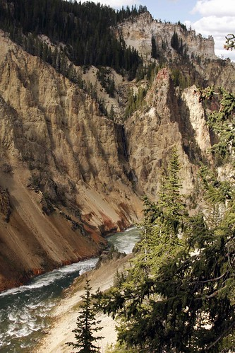 yellowstone_canyon2_blog
