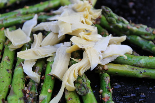 6998799043 f6ea5b70d9 Grilled Asparagus and Artichoke Hearts