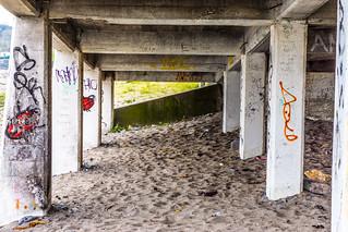 Kuva Killiney Beach lähellä Loughlinstown. ireland urban dublin abandoned beach europe rooms tea decay roi countydublin dunlaoghaire killiney williammurphy wwwstreetsofdublincom infomatique southcountydublin photographedbywilliammurphy republibofireland urbandecayirelandinfomatique