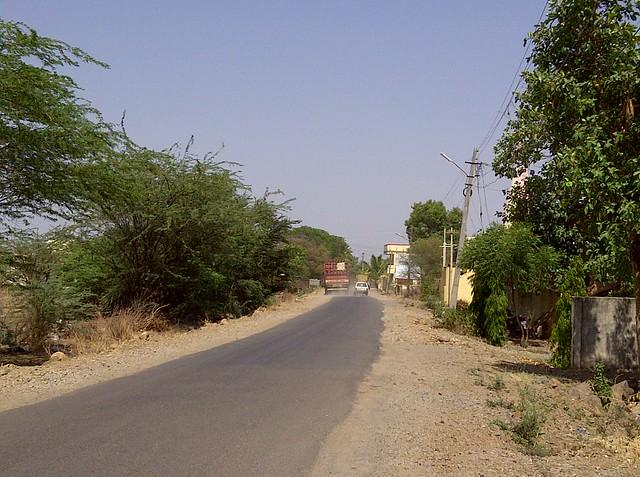 Visit Tej Platinum, Kanchan Vrundavan & Dreams Nivara at Uruli Kanchan, Solapur Highway, Pune 412 202
