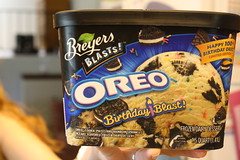 Review Breyers Ice Cream