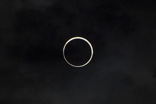 金環日食 - Annular Eclipse