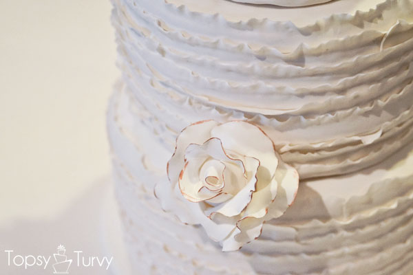 vintage-rose-ruffled-fondant-wedding-cake-painted-flower