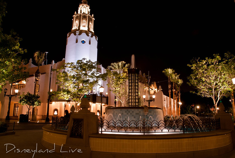 Carthay Circle Fountain, Disney California Adventure