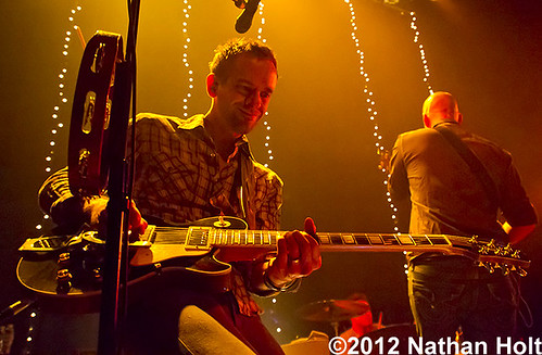 Tyrone Wells - 05-11-12 - Lincoln Theater, Chicago, IL