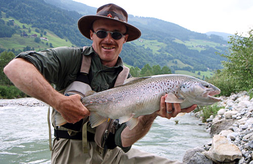 High flying the best fly fishing in the alps onthesnow for Best trout fishing in colorado
