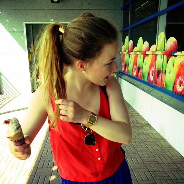 #jätskitauko #icecreamattack #fighter #ponytail #hm #forever21 #älänuuhkimuntötteröö #slurps