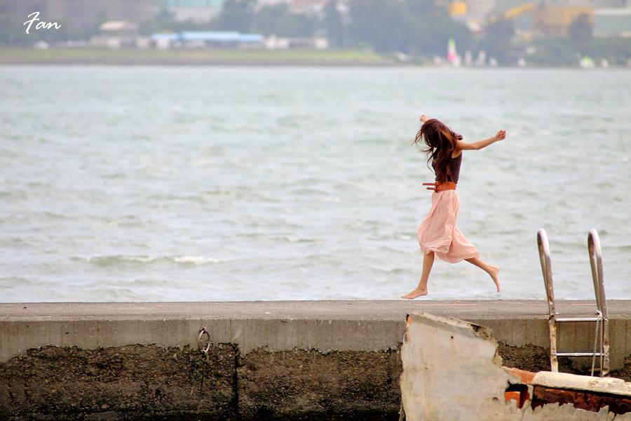 碼頭邂逅天生美人 妍安
