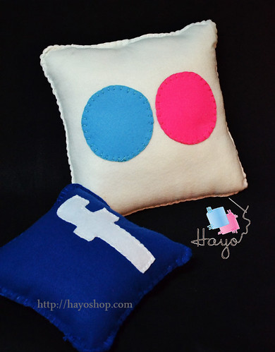 Flickr Pillow by Hayo.Shop