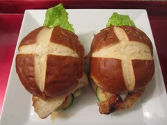 CHICKEN SANDWICH ON A PRETZEL ROLL   @ Home by Hans susser