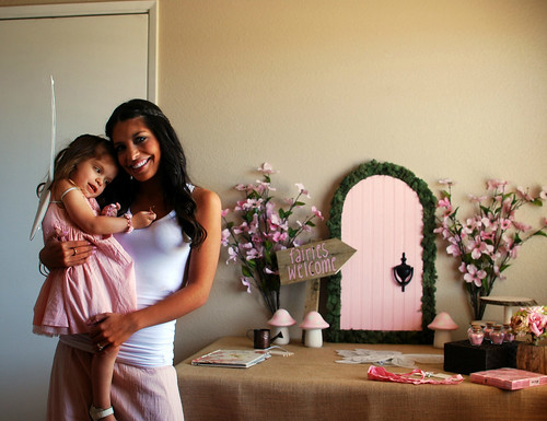 Fairy Party Sneak Peak: Mommy & Ava getting all set up!