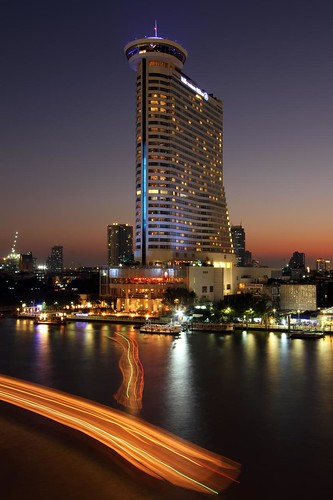 Dusk at the Hilton Millennium Riverside Hotel | Bangkok