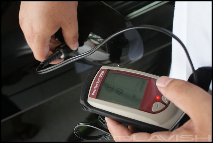 Plastic side mirror thickness reading