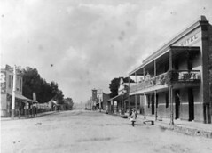 Commercial Hotel on right, 1911 - now The Southern Hotel
