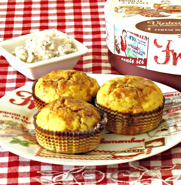 Muffin di Pecorino e Ceci al Rosmarino glassati all' Agrodolce