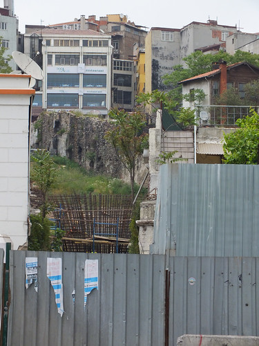 7166477862 1e966911dd A Genovai falrendszer nyomában – 3. rész (Rumli kalandjai Isztambulban – 16. rész)