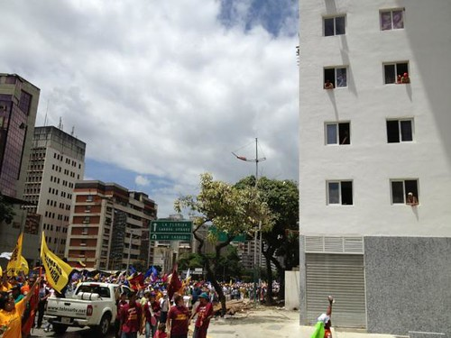 Caminata-Capriles-Edificio-Frank