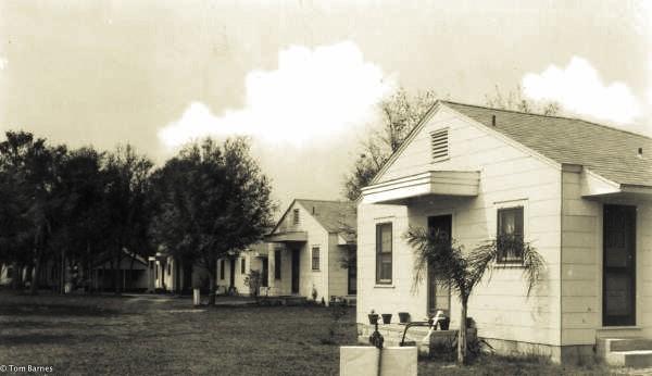 Magnolia Park Cottages, Leesburg, Florida